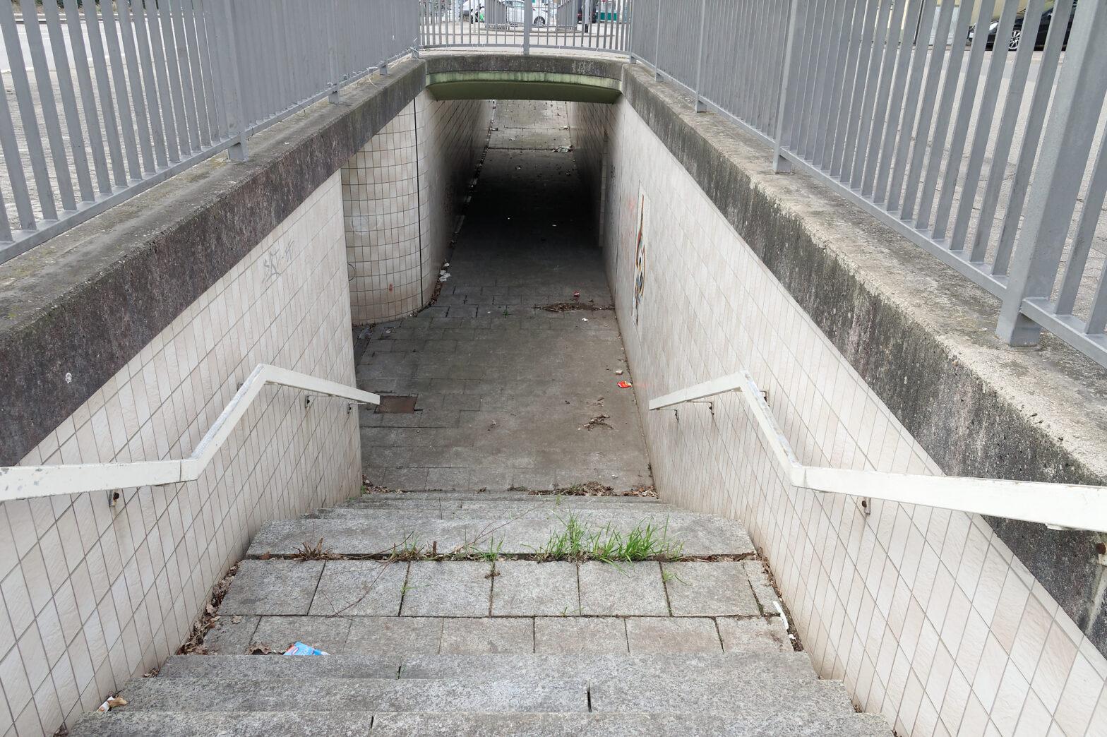 """Unterführung unter die B 41 auf Höhe der """"Gedenkstätte ehem. Gestapo-Lager 'Neue Bremm'"""""""